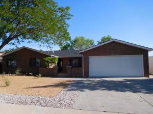 6412 Samantha, Albuquerque NM 87109