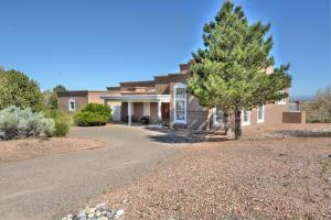 8121 Venice Ave, Albuquerque NM 87122