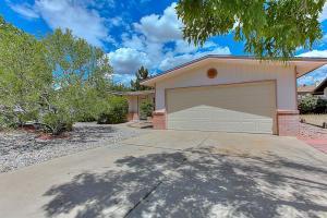 7604 Roberts St, Albuquerque NM 87109