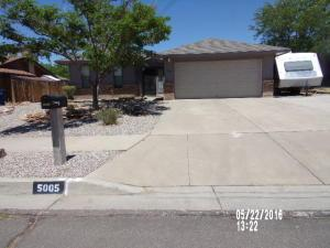 5005 Blue Sage Pl, Albuquerque NM 87113