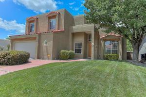 8415 Helen Hardin St, Albuquerque NM 87122