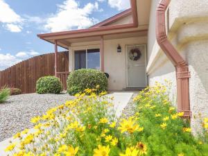 7101 Tourmaline Rd Albuquerque, NM 87113