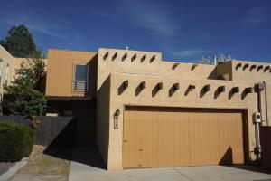 10 Plaza Olas Altos Albuquerque, NM 87109