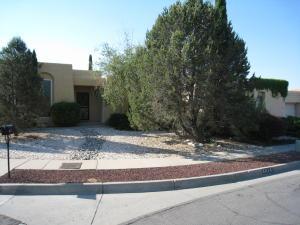 6016 Vista Campo Albuquerque, NM 87109