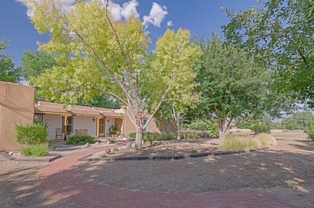 764 Applewood Rd, Corrales, NM 87048